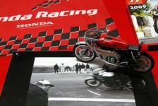 Honda RC166
