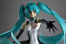 Toy Tengoku – Episode 35 – Racing Miku 2011 – D-Arts Terry Bogard