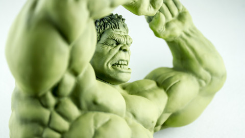 Avengers-Hulk-Unpainted-Kit-from-Dragon-02-Face