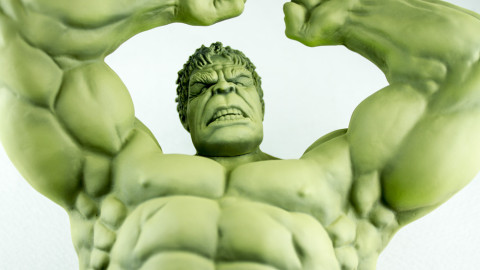Avengers-Hulk-Unpainted-Kit-from-Dragon-03-Upper-Body