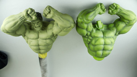 Avengers-Hulk-Unpainted-Kit-from-Dragon-07-Upper-Body-Comparison