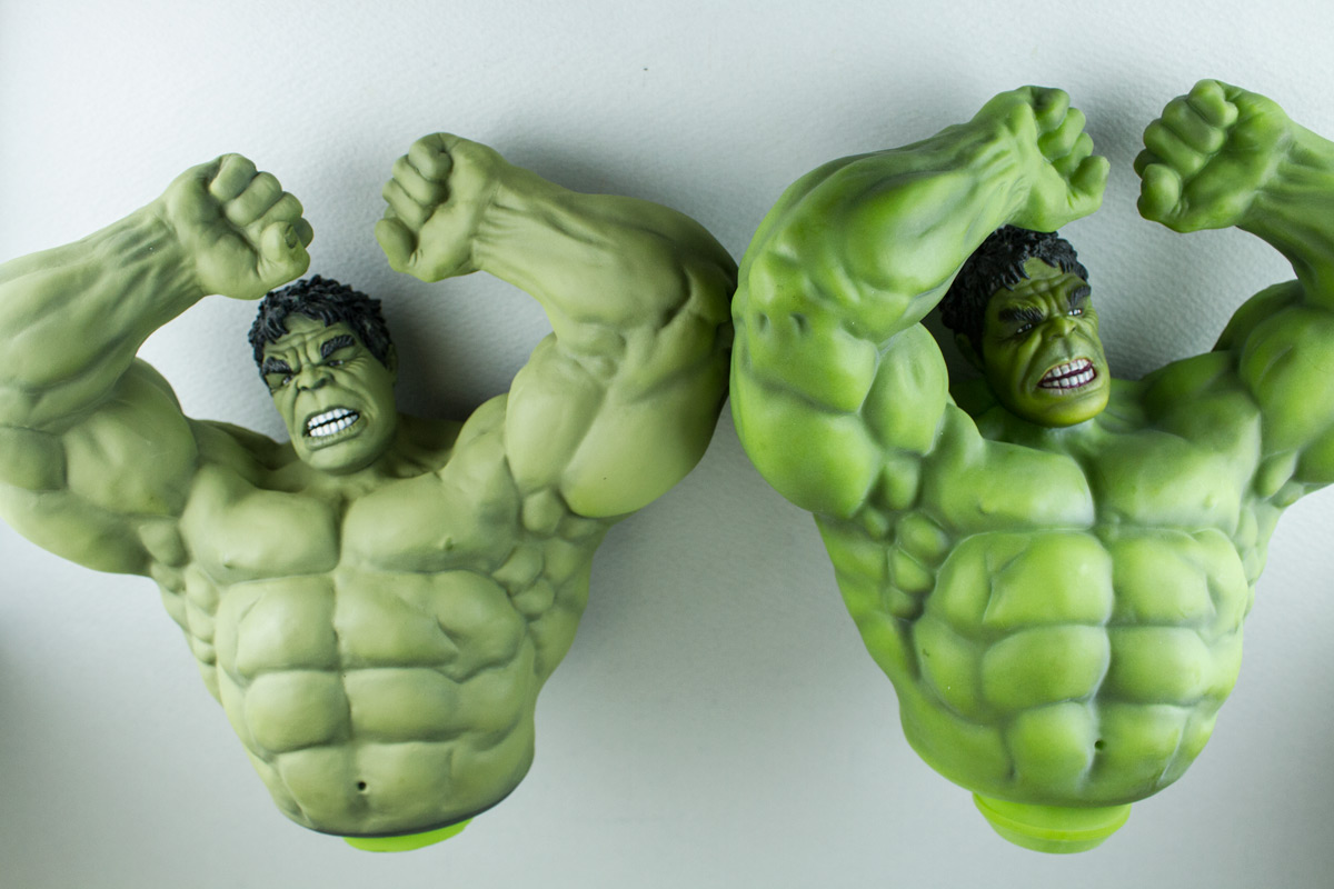 Brians-Avengers-Hulk-Unpainted-Kit-from-Dragon-comparison