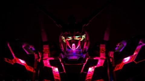 1-60 PG Unicorn LED Lighting Gundam by Bandai.jpg-1