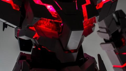 1-60 PG Unicorn LED Lighting Gundam by Bandai.jpg-11