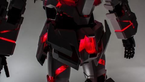 1-60 PG Unicorn LED Lighting Gundam by Bandai.jpg-12