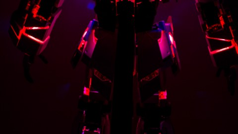 1-60 PG Unicorn LED Lighting Gundam by Bandai.jpg-6
