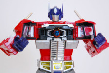 Transformers MP-10 Convoy by Takara Tomy (Part 2: Review)