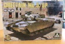 1/35 British MBT Chieftain Mk.5/P 2in1 by Takom – Part One – Unbox