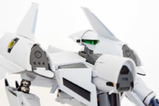 1/60 VF-4G Lightning III Transformable (Macross Digital Mission VF-X) by Arcadia (Part 2: Review)