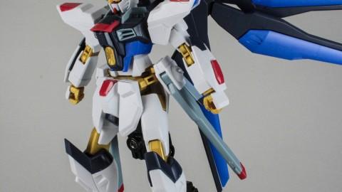 1-144 HGCE Strike Freedom Gundam-by Bandai-15