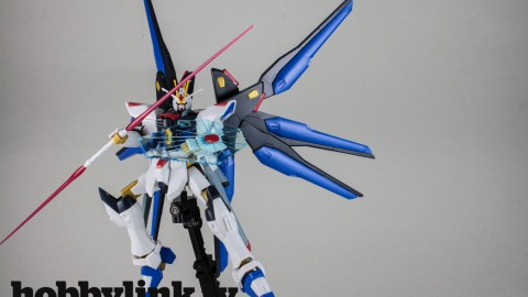 1-144 HGCE Strike Freedom Gundam-by Bandai-17