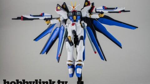 1-144 HGCE Strike Freedom Gundam-by Bandai-9