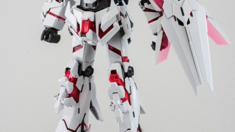 1-100 MG RX-0 Unicorn Gundam (Red or Green Frame Twin Frame Edition) Titanium Finish-1