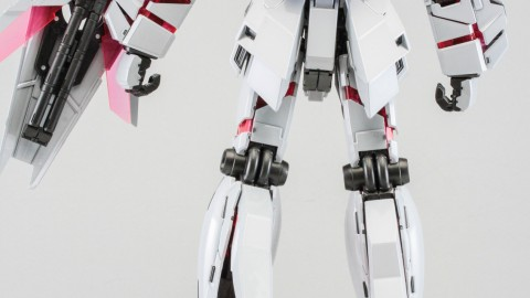1-100 MG RX-0 Unicorn Gundam (Red or Green Frame Twin Frame Edition) Titanium Finish-5