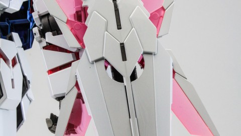1-100 MG RX-0 Unicorn Gundam (Red or Green Frame Twin Frame Edition) Titanium Finish-8