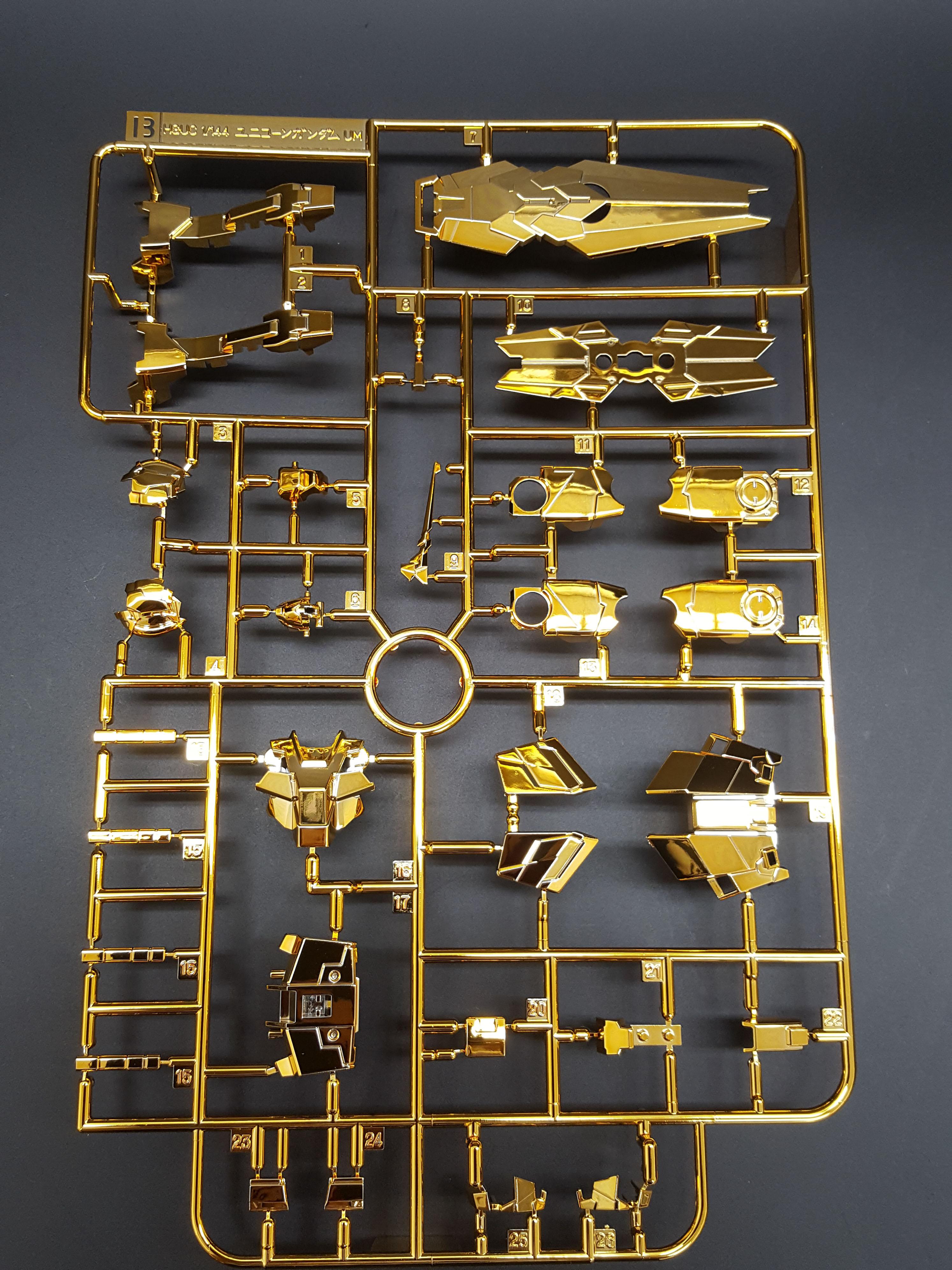 1/144 HGUC Unicorn Gundam Unit 3 Fenex (Unicorn Mode) (Narrative Ver.) (Gold Coating)