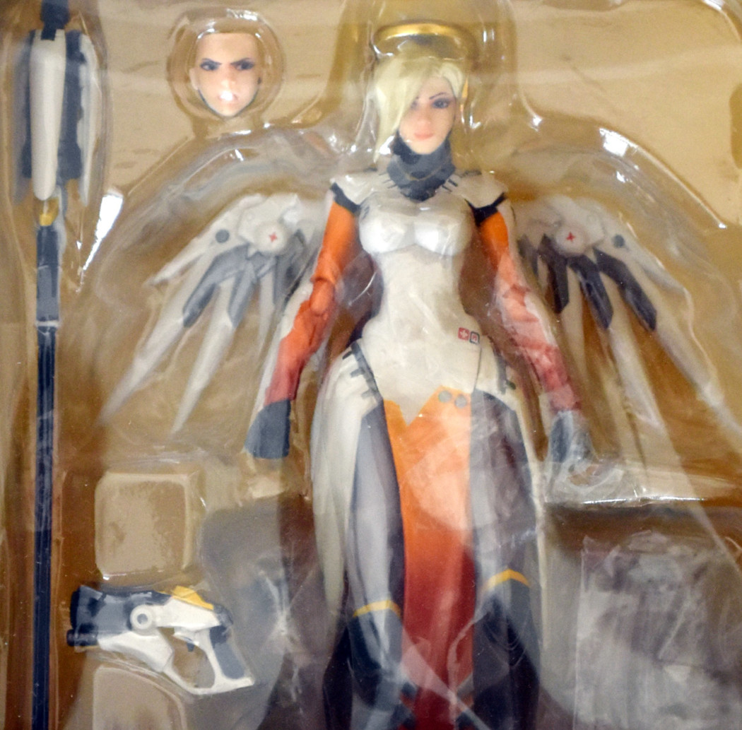 Figma Mercy Unboxing
