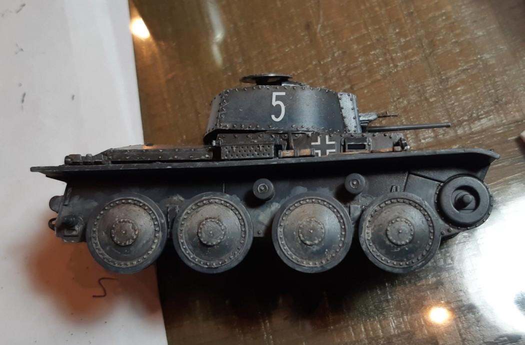1/48 Pz Kpfw 38(t) Mini Diorama – Part 6 – Weathering & Tracks