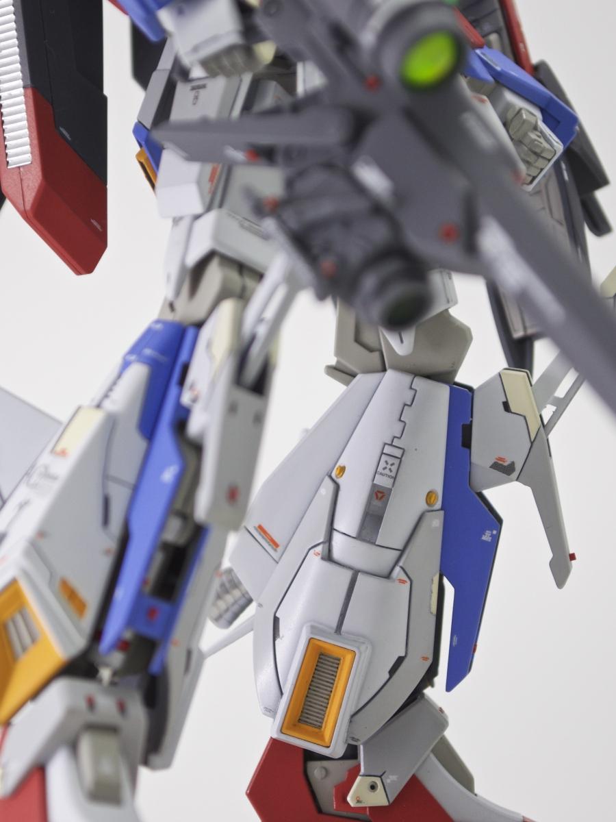 backleft-leg-focus-2