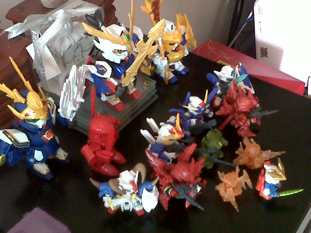 small-gundams-2